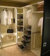 Гардеробные комнаты, встроенные шкафы МДКг-99 Шкафы-купе и гардеробные на заказ в Киеве