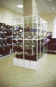 Витрины из стекла и алюминия МТАа-33 Мебель торговая на заказ Украина, Киев