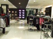 Торговое оборудование для одежды и аксессуаров